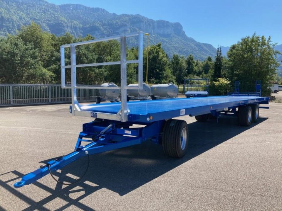 Plateau fourrager trainé 3 essieux (A3-2)